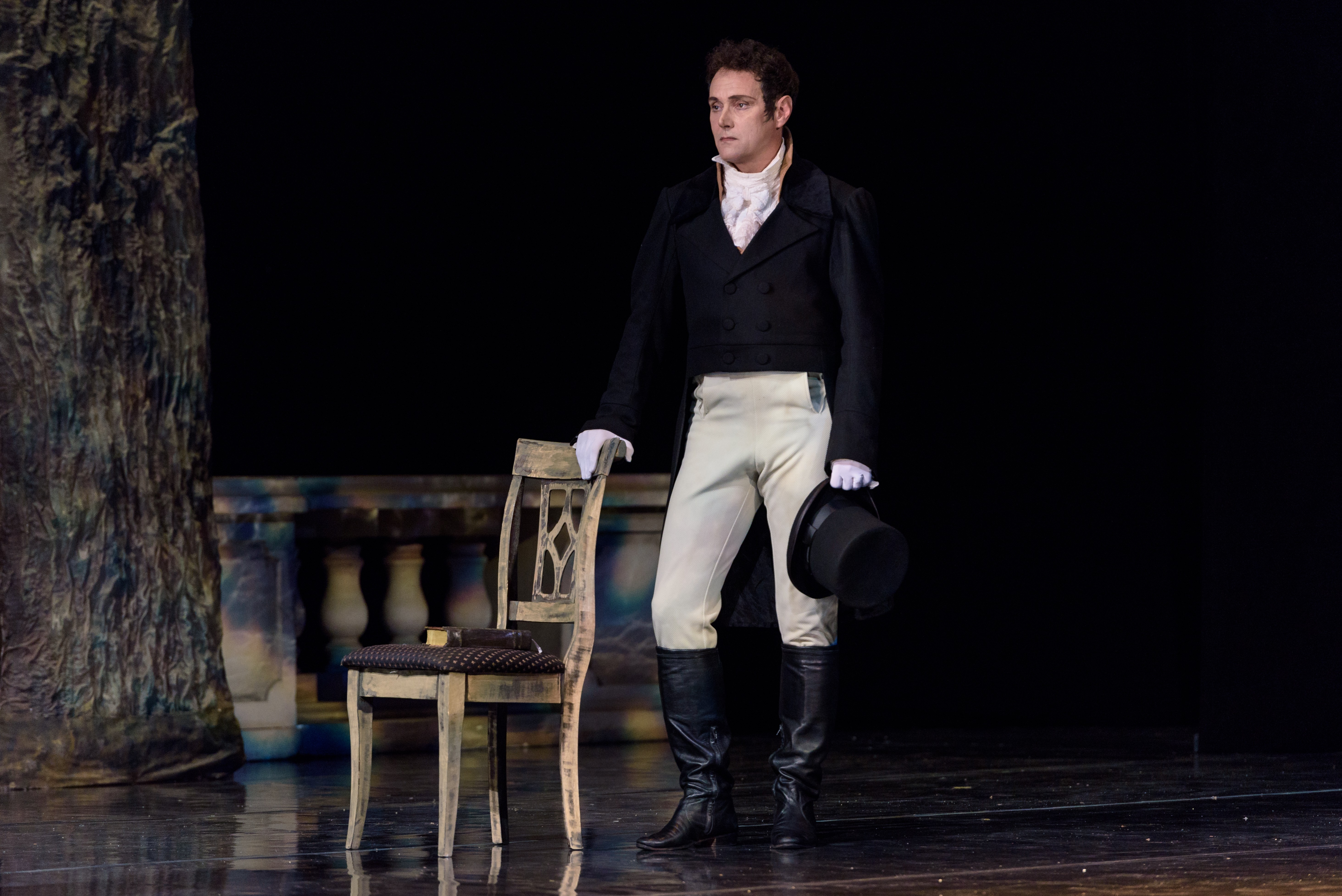 """Opera """"Eugene Onegin» will be presented on the stage of the Opera and Ballet Theater on Tatiana's Day."""