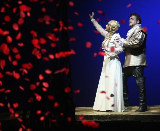 opera-p-chaykovskogo-iolanta
