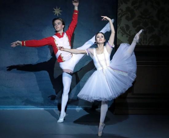 shchelkunchik-balet-v-2-kh-deystviyakh