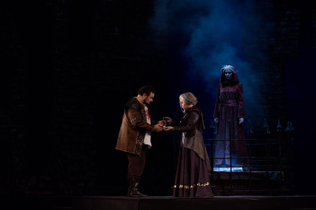 "The stars came together in "" Il trovatore"""